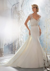 Style 1954 Crystal Beaded Embroidery Overlaying Lustrous Satin