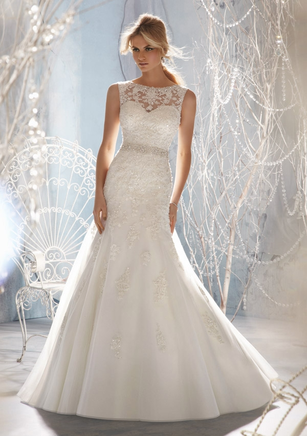 Style 1957 Beaded Lace Appliques on Tulle