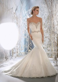 Style 1967 Crystal Edged Alencon Lace on Lustrous Satin