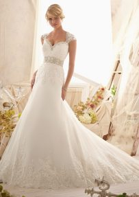 Style 2616 Crystal Beaded Embroidery and Alencon Lace Appliques on Net with Wide Hemline