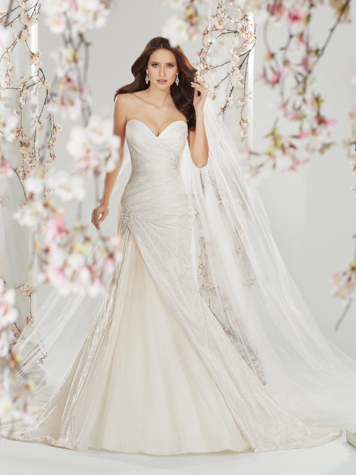 Y11401 Back Wedding Dress 2014