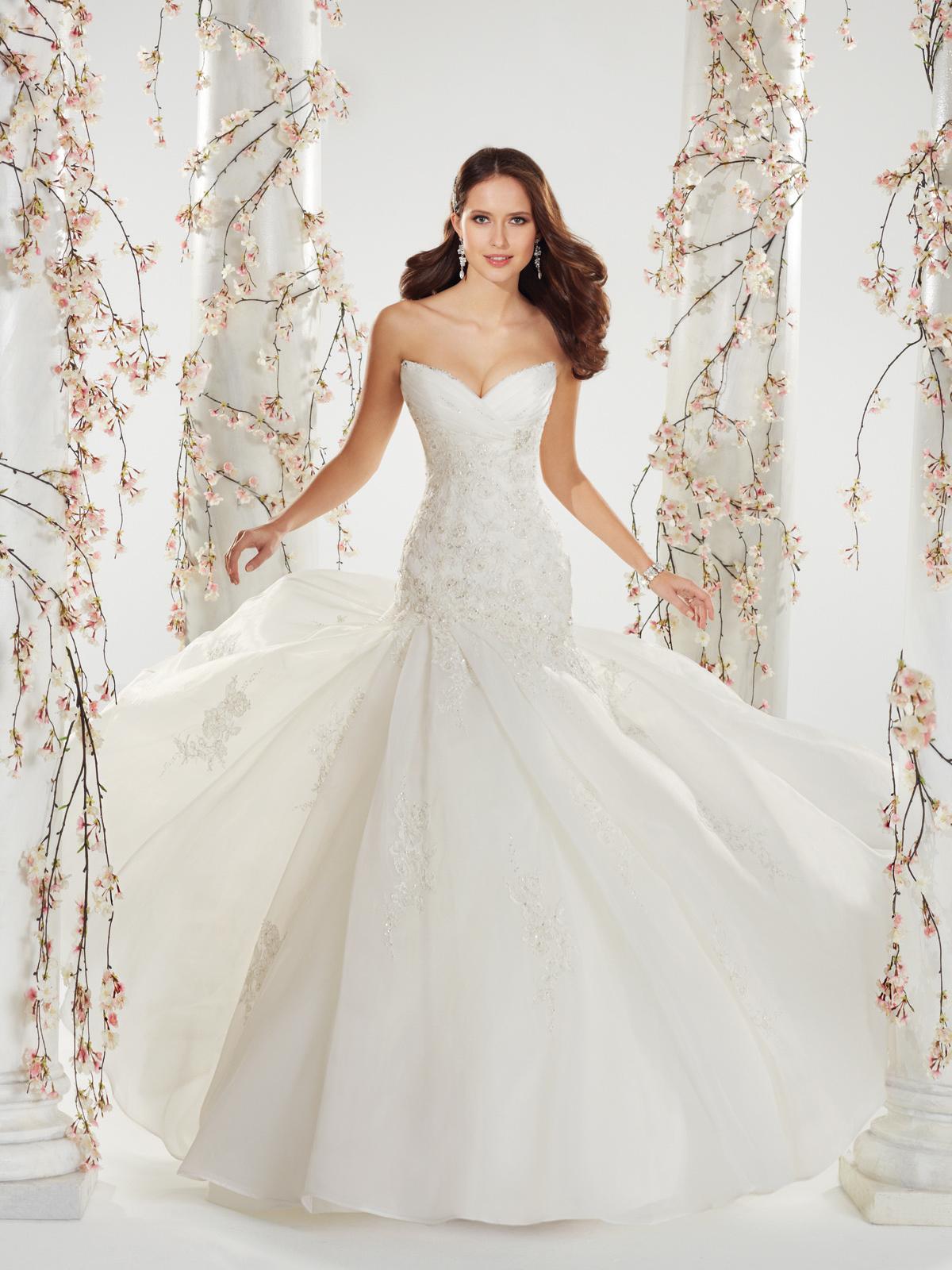Y11407 Back Wedding Dress 2014